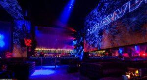 club -escape -amsterdam - table - bottle -vip -service