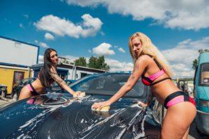 bikini amsterdam carsmash